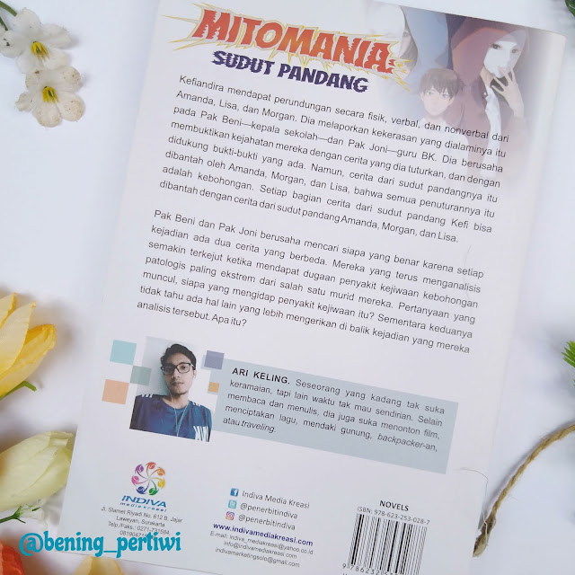 Sampul belakang mitomania