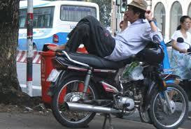 ベトナムのバイクタクシー