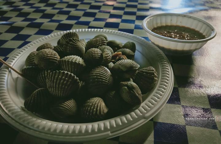 Kerang rebus kuah kacang parit buntar