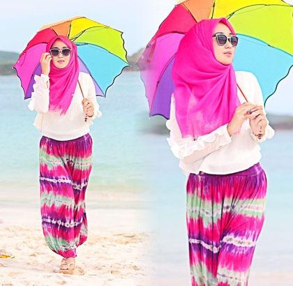 Mau Berlibur Ke Pantai Style Hijab Pantai Ala Dian Pelangi Patut Kamu Coba Kumpulan Contoh