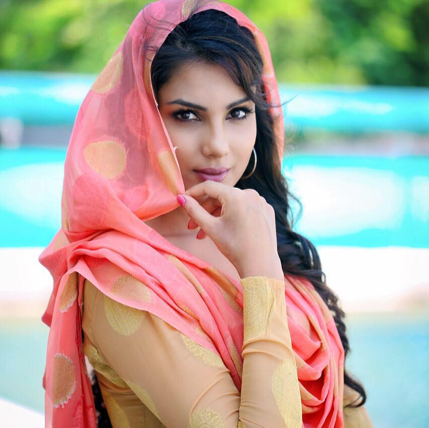 Monica Gill Wiki Biography, all movies and modelings