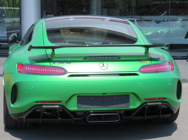 Mercedes AMG GT-R no Brasil