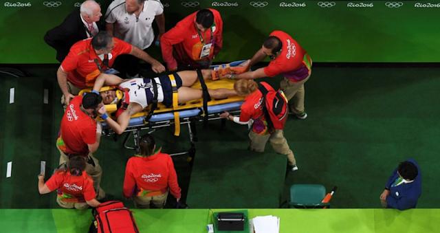 Seorang Pesenam Asal Perancis Mengalami Patah Kaki Ketika Olimpiade Rio 2016
