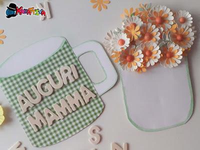 Tazza fiorita per la festa della mamma