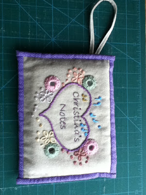 Final view of knitting pouch