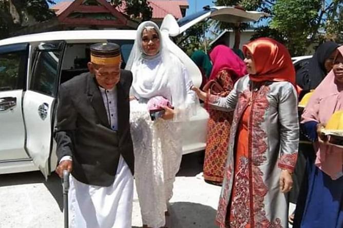 Kakek 83 Tahun Nikahi Wanita Jeneponto, Jodoh di Usia Tua