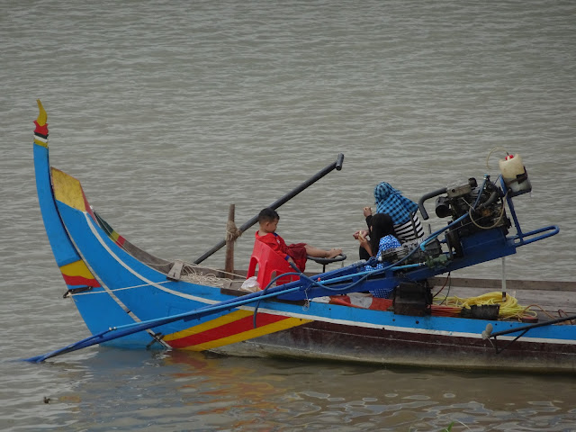 Fishing on the Tongle Sap River in Cambodia