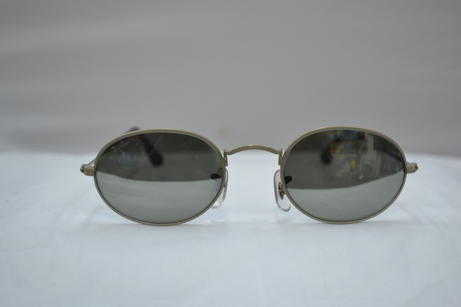 6035226ccb0 Vintage sunglass  Vintage Ray Ban w2457 Oval Matte silver frame G31 ...