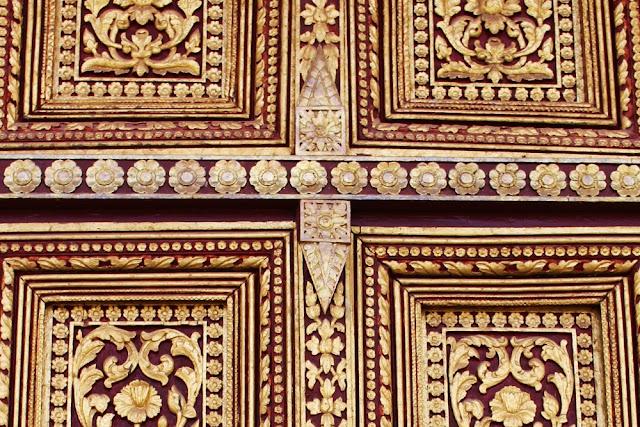 Ornate door, Phnom Penh, Cambodia - travel blog