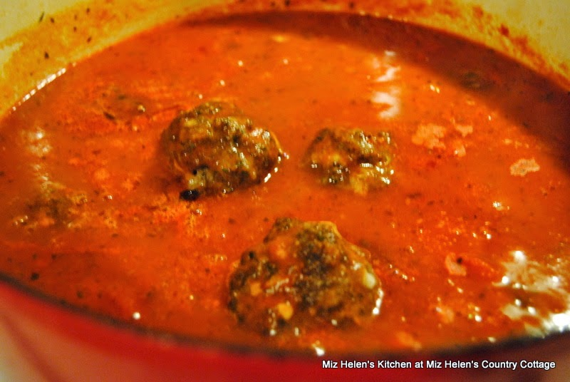 Italian Meatballs with Sauce, Making Sauce  at Miz Helen's Country Cottage