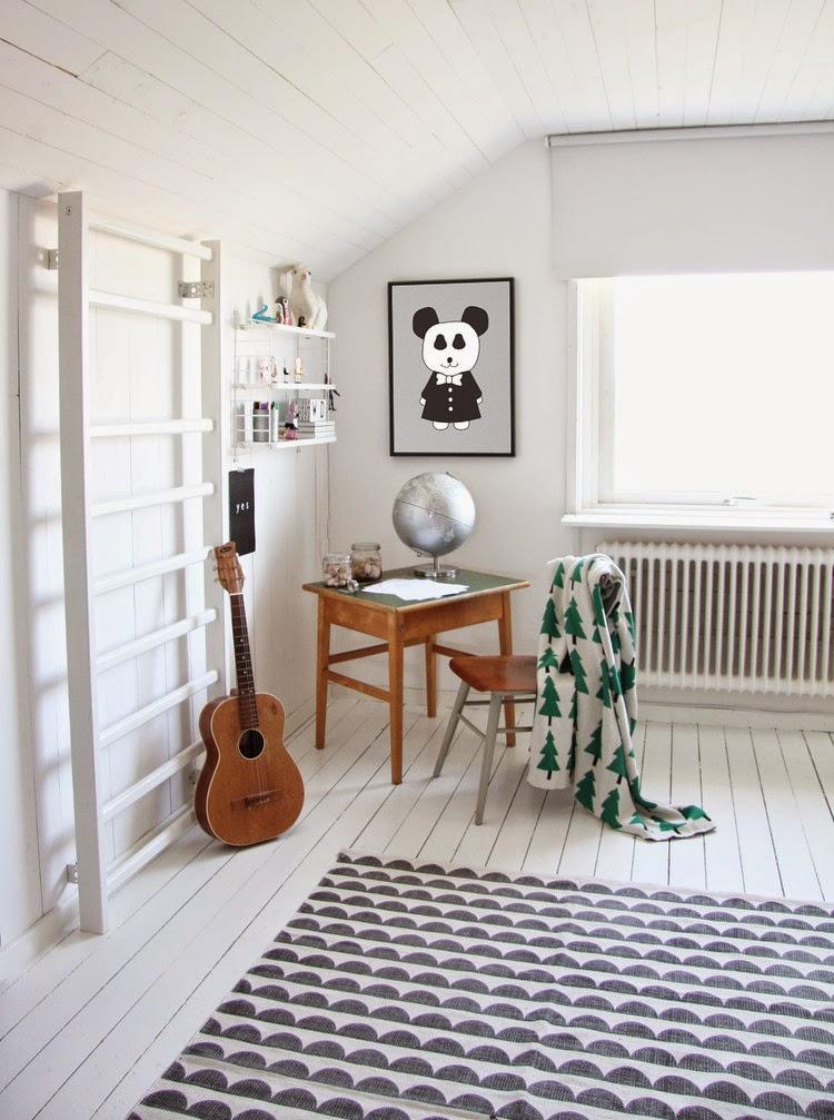 my scandinavian home della 39 s delightful room. Black Bedroom Furniture Sets. Home Design Ideas