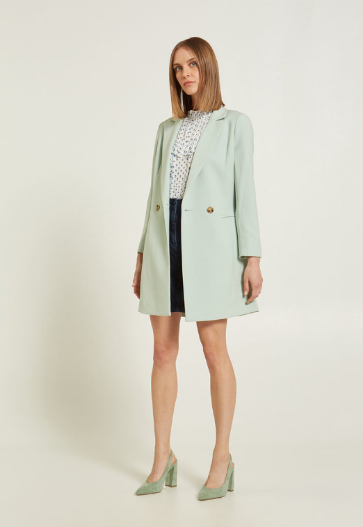Palton verde menta cu doua randuri de nasturi si revere decupate