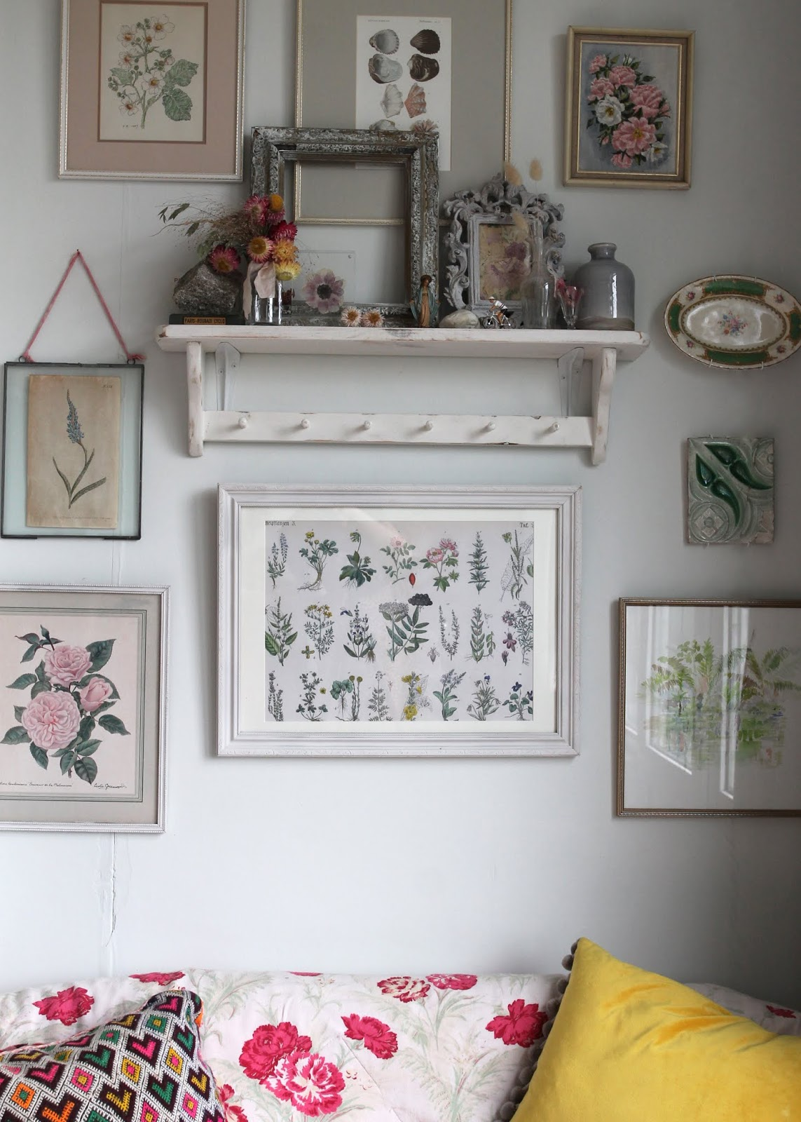 DIY – Framing vintage prints in collaboration with Photowall