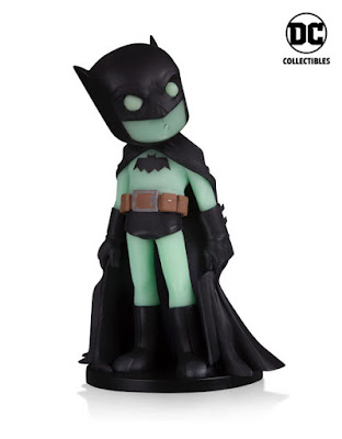 BoxLunch Exclusive DC Comics Artists Alley Glow in the Dark Variant Vinyl Figures by Chris Uminga – Batman