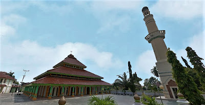 Wisata Religi ke Masjid Raya Rengat Indragiri Hulu