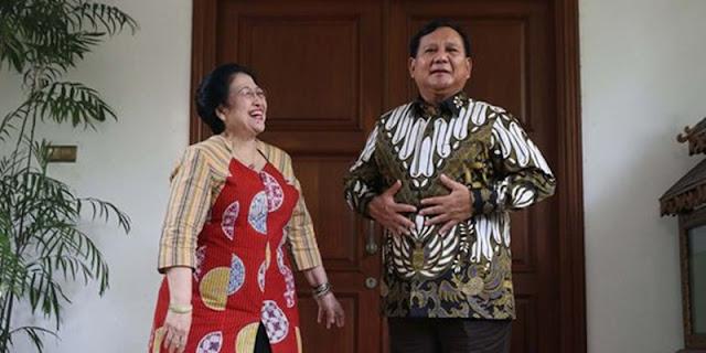 Profesor Kehormatan Untuk Megawati Bermuatan Barter Politik Prabowo Hadapi Pilpres 2024