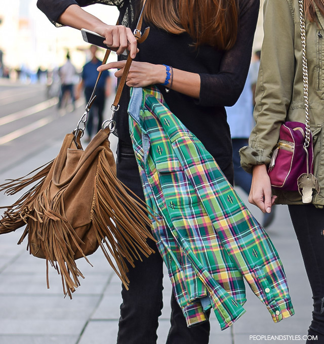 Fringed bag, plaid shirt. Street style fashion: Petra i Sara Vladimir, rujan 2015. Zagreb by peopleandstyles.com