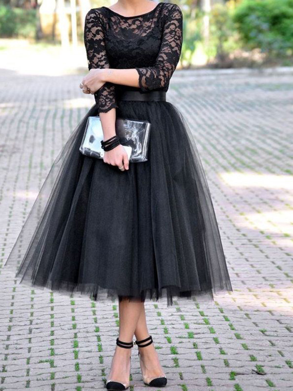 http://www.edressuk.co.uk/a-line-scoop-tea-length-tulle-homecoming-dresses-black-cocktail-dress-sp8051.html
