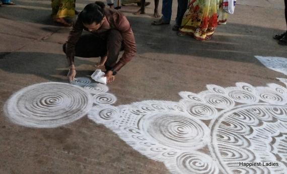 spiral rangoli design