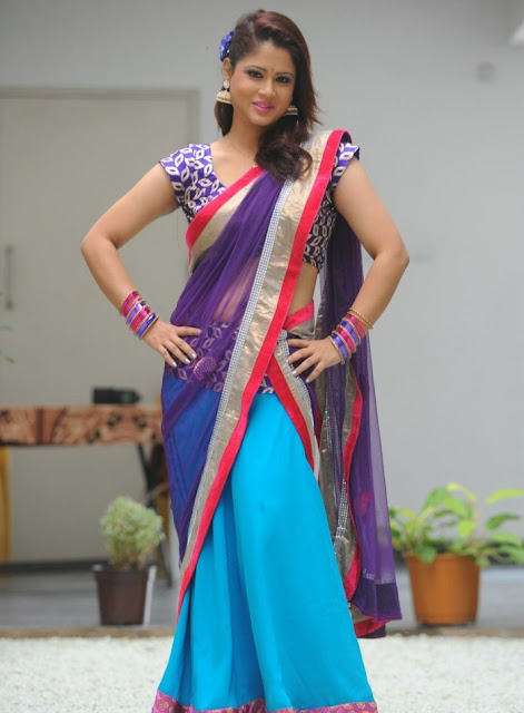 telugu_tv_anchor_shilpa_chakravarthy_photo_shoot_stills-www.chennaifans.blogspot.in+(6)