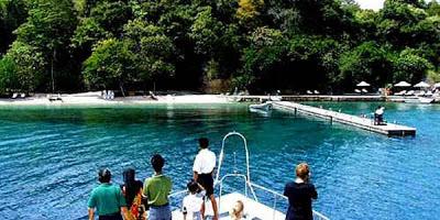 Pulo Moyo Objek Wisata Kelas Dunia Zona Syafaat