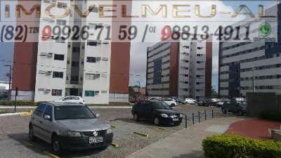 estacionamento e fachada-apartamento-a-venda-no-residencial-cidade-jardim-tabuleiro-dos-martins-maceio-alagoas