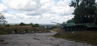Ізюм. Гора Кременець (Крем'янець). Військова техніка