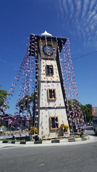 Menara Jam Parit Buntar