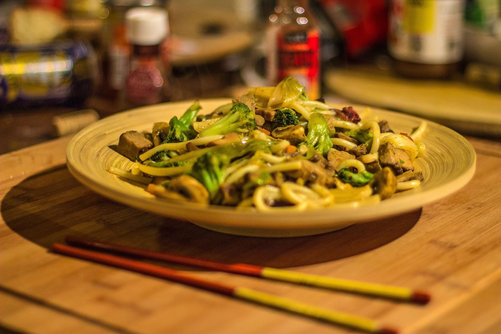 10 Jenis makanan populer khas jepang di Indonesia