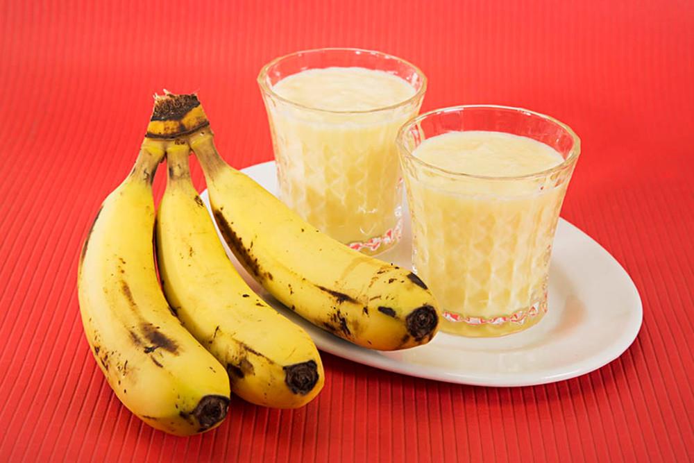 Banana Shake Recipe in Hindi