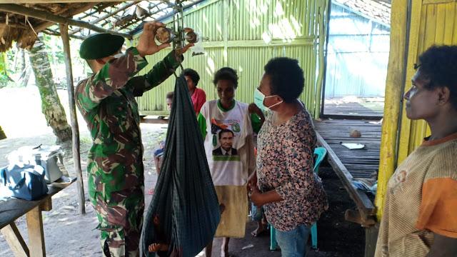 Gelar Posyandu, Puskesmas Sota Dan Satgas 411 Kostrad Pastikan Kesehatan Ibu dan Balita di Papua