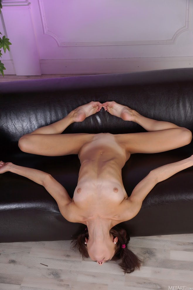 [Met-Art] Matilda Bae - Stretch it Out met-art 07030