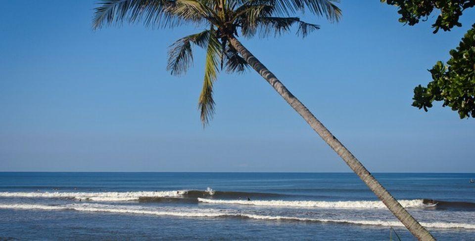balian surf ataque