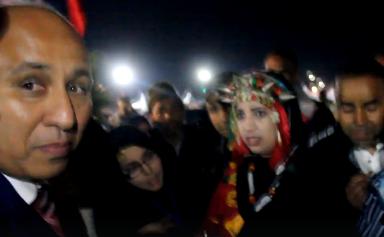 """تارودانت24 / فيديو يوثق لحظة التدخل القمعي لمراسل """"هبة بريس"""" من طرف """"باشا تارودانت"""" 2018"""