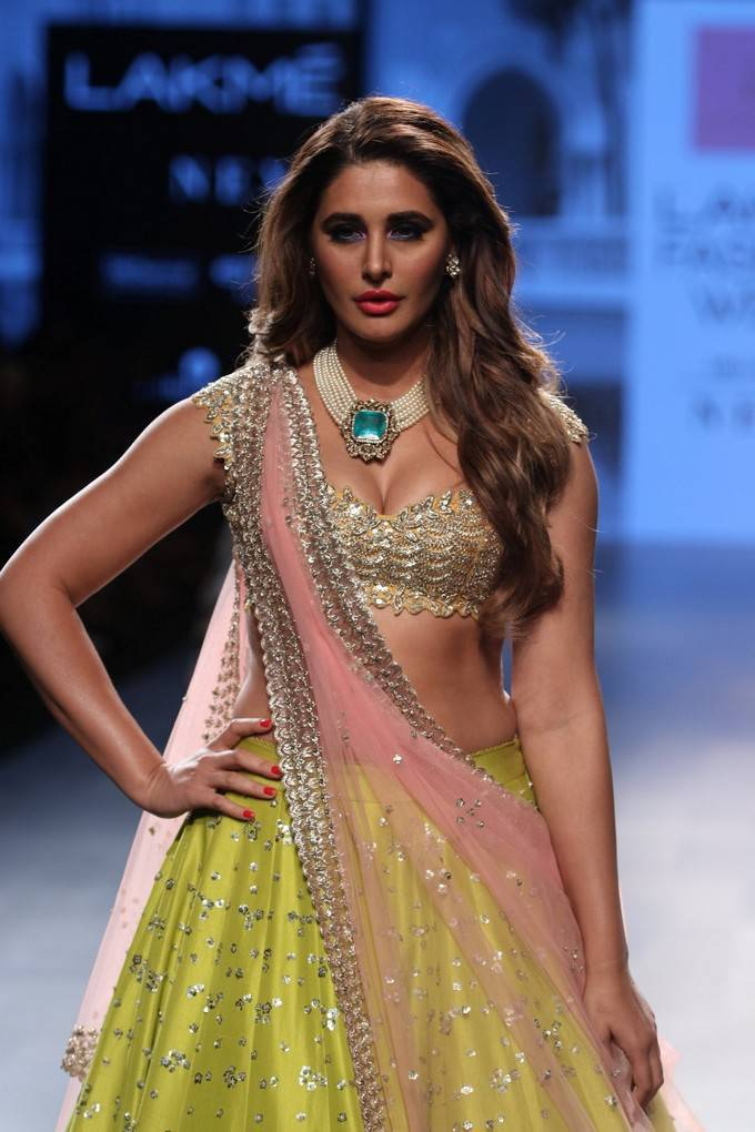 Nargis Fakhri At Lakme Fashion Week-LFW 2017 Stills