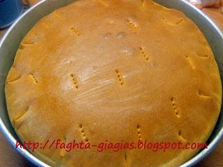Ψωμί με ξηρή μαγιά (βασική συνταγή) - από «Τα φαγητά της γιαγιάς»