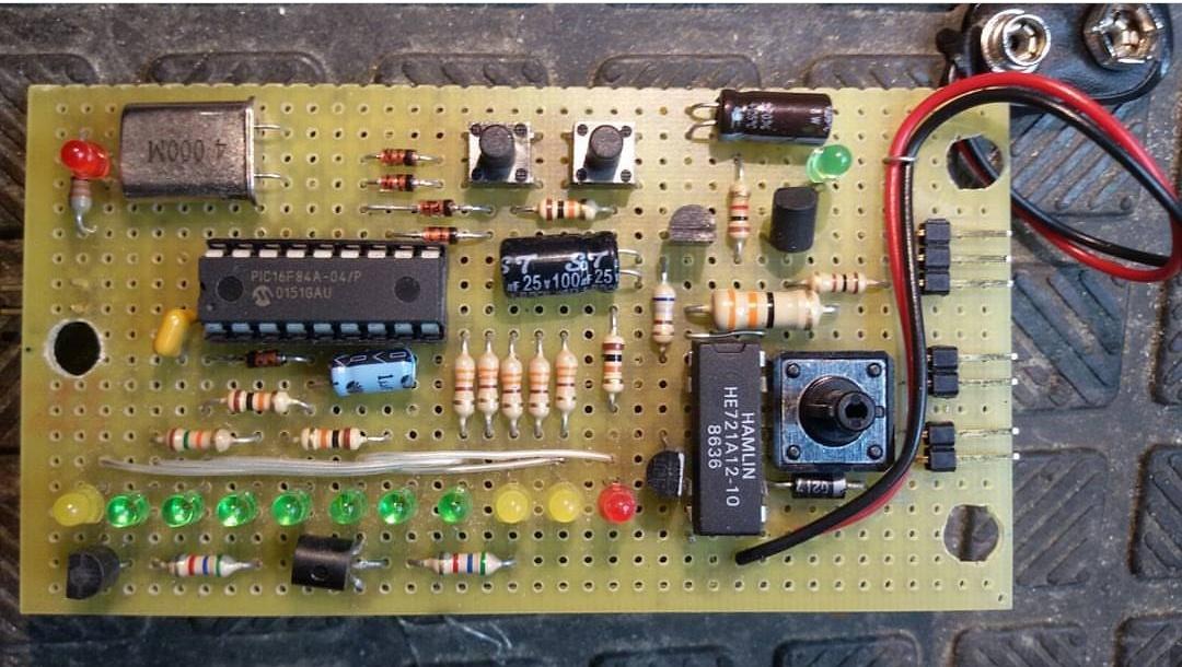 Ultrasonic Sensor Based Led Bar Water Level Indicator With
