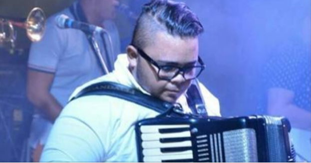 """Sanfoneiro da Banda """"Forro Chamega"""" é vítima de assalto em Delmiro Gouveia"""