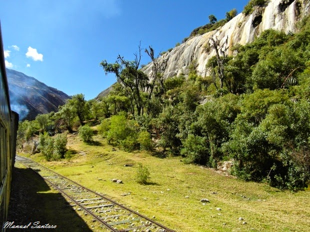 In treno, direzione Huancavelica