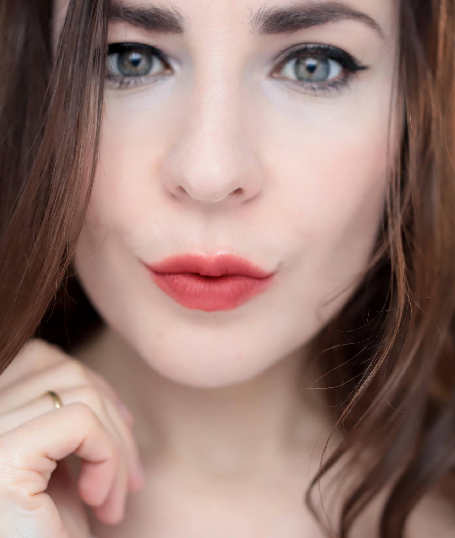 Nars Claudette Sheer Matte Lipstick Berenice