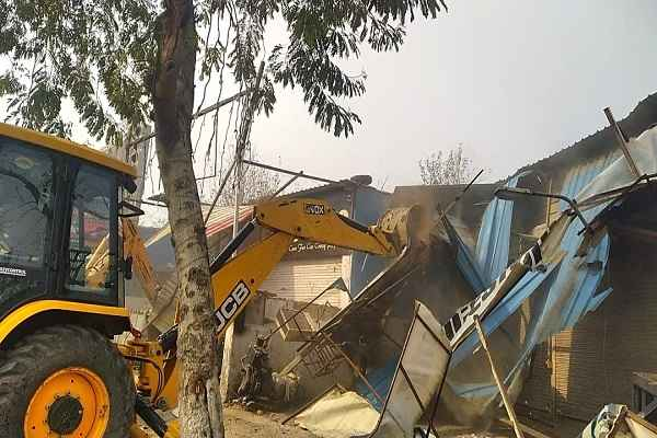 hud-administration-demolition-sealing-drive-with-police-news-video