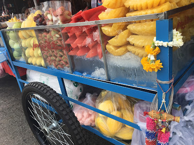 thai fruit street food