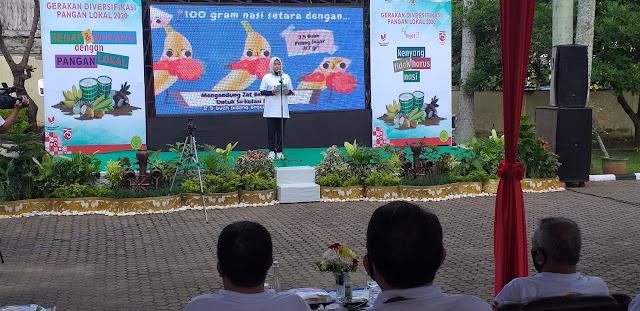 Staf Ahli Gubernur Jambi Bersama Kadis Ketahanan Pangan Secara  Virtual Gerakan Diversifikasi Pangan Lokal Dengan Menteri Pertanian.