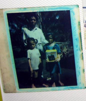 kenangan masa kecil reyne raea