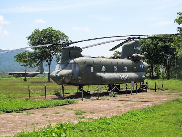 helicopter khe sanh combat base dmz vietnam world away