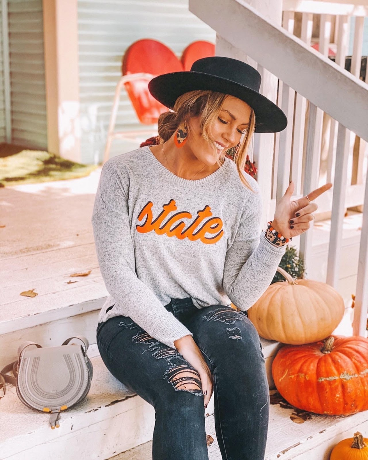 @amandasok sports an Oklahoma State pullover for Thanksgiving's Bedlam Rivalry game