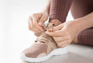 Sepatu trainer