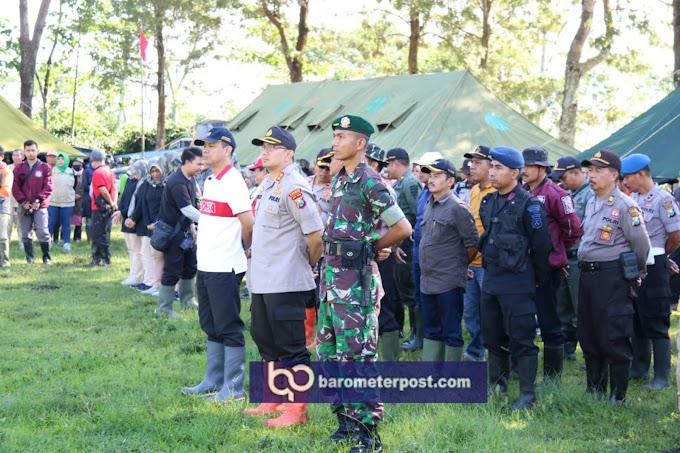 Satu Peleton Pasukan Yonif Reider 514 Kostrad Sukseskan Reboisasi Gunung  Suket Kecamatan Ijen Bondowoso