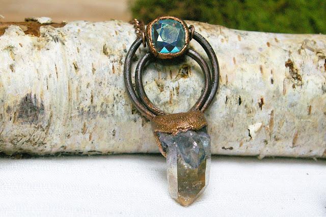 https://www.etsy.com/ca/listing/701517093/duotone-blue-and-gold-aura-quartz-aurora