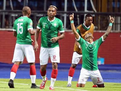 مواجهة غير متوقعة بين منتخب مدغشقر والكونغو في دور الـ16 لكأس الأمم الإفريقية
